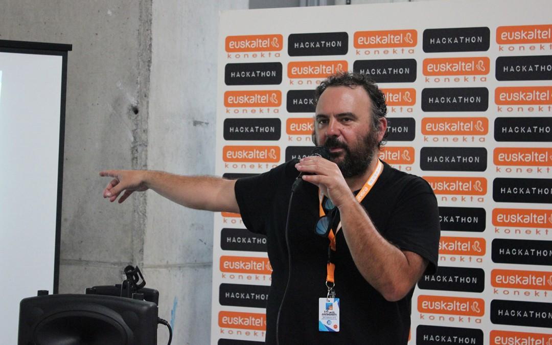 Hackathon'15:  Kazetaritza  eta  teknologia,  ondo  dabilen  sinergia