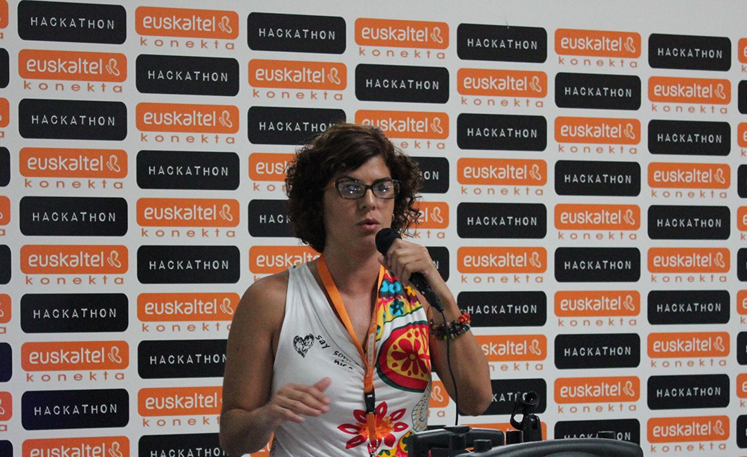 Hackathon'15:  Datu  kazetaritza,  historioak  kontzteko  era  berri  bat